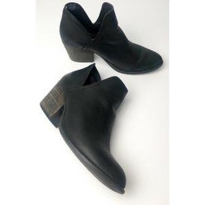Steve Madden Adelphie Leather Booties